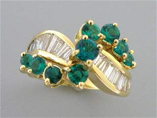14K YELLOW GOLD BAGUETTE DIAMOND & EMERALD LADIES RING