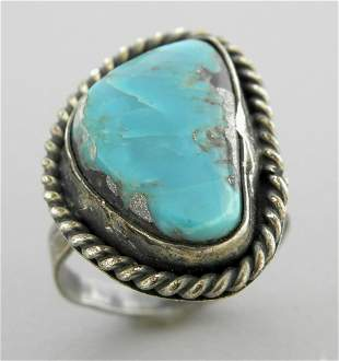 VINTAGE NAVAJO STERLING SILVER TURQUOISE RING SIZE 5