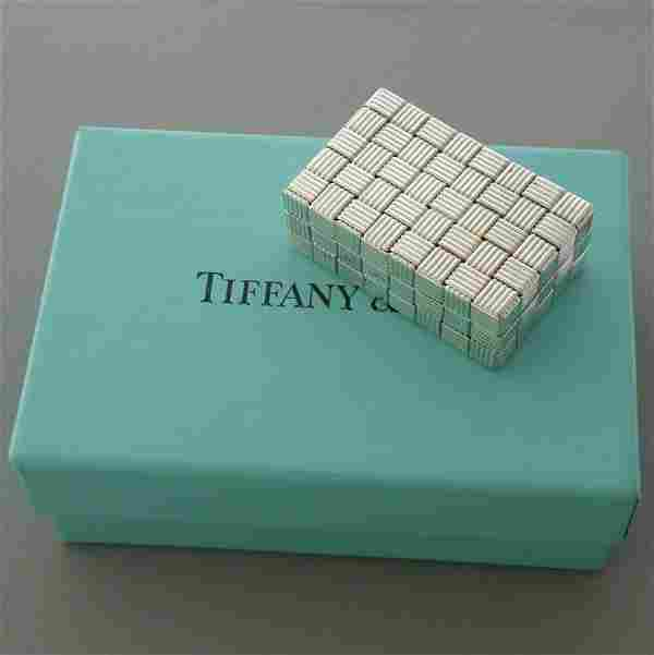 VINTAGE TIFFANY & CO. STERLING SILVER WOVEN PILL BOX