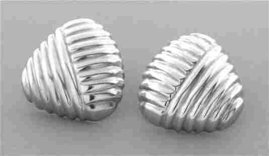 VINTAGE TIFFANY & Co. STERLING SILVER TRIANGLE EARRINGS