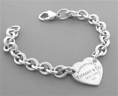 TIFFANY & CO. STERLING SILVER RETURN TO. HEART BRACELET