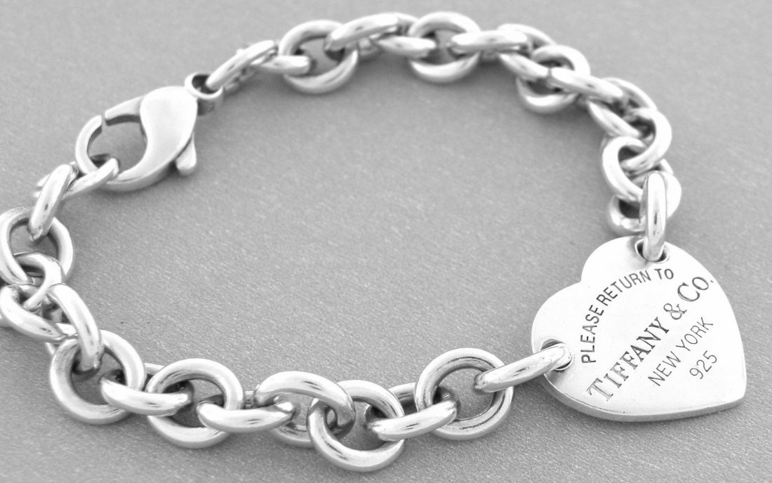 TIFFANY & Co. SILVER BRACELET RETURN TO. HEART 8.25""
