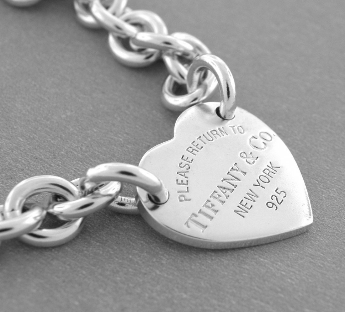 "TIFFANY & Co. SILVER BRACELET RETURN TO. HEART 8.25"" - 2"