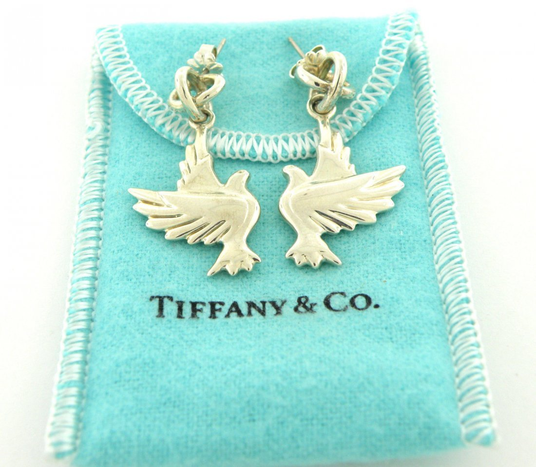 TIFFANY & Co. STERLING SILVER DOVE PICASSO EARRINGS