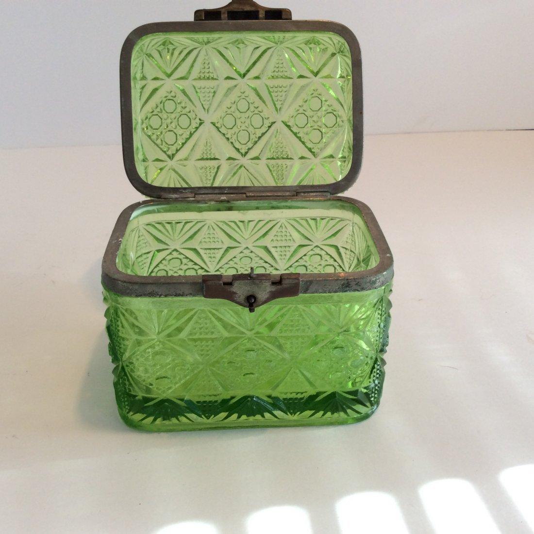 Antique Russian green trinket box - 3