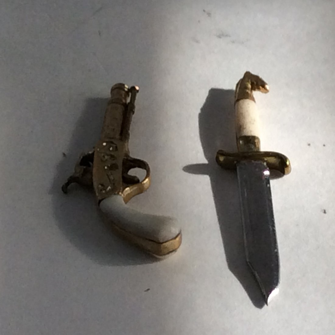 Antique 14k Miniature Percussion Pistol and Dagger - 3