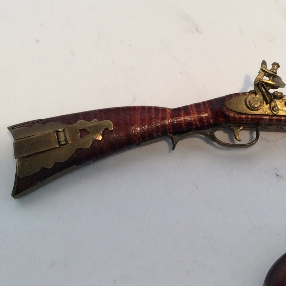 2 Model Guns Kentucky Long Rifle and Pistol 2/12 - 3