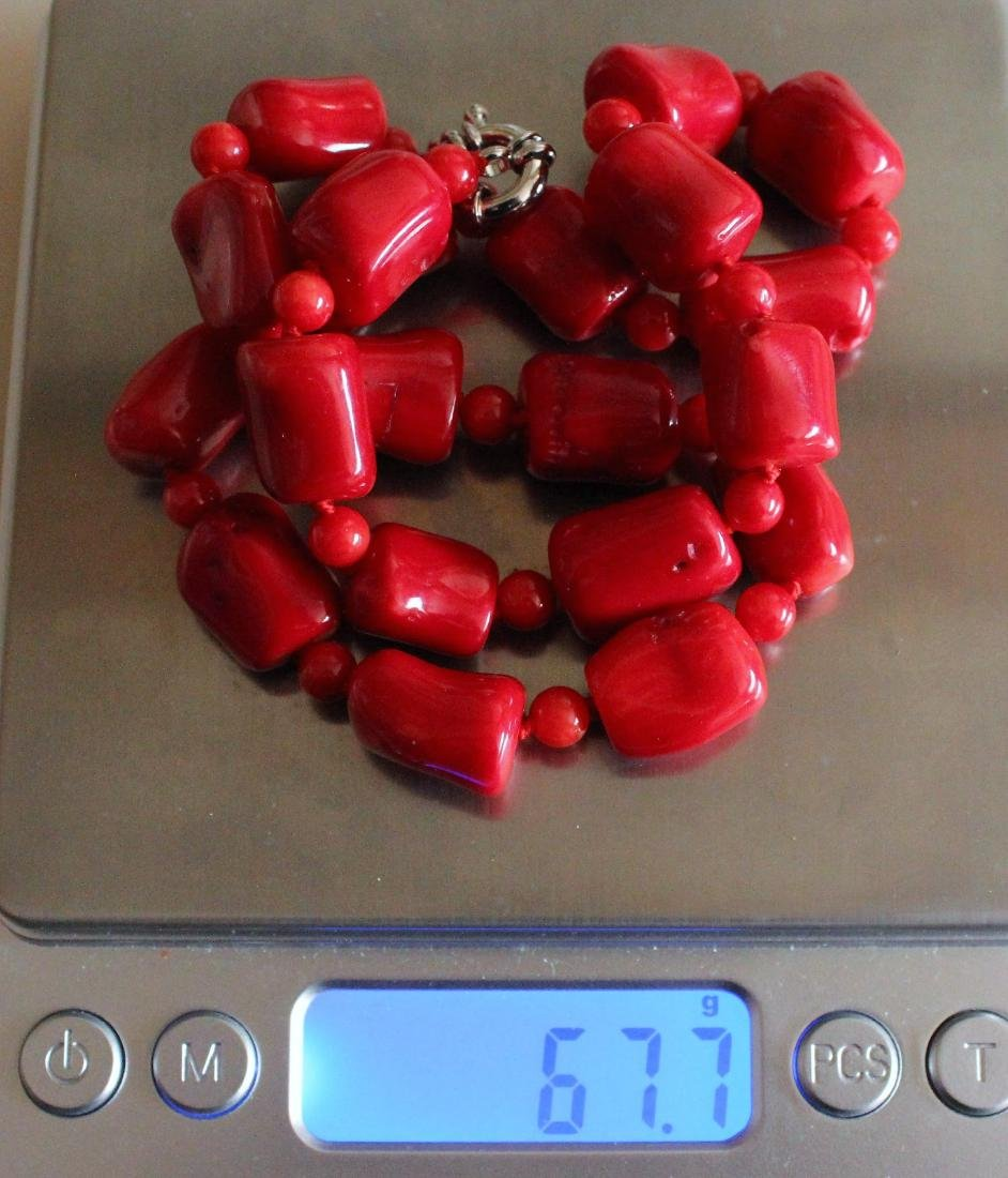 Vintage Estate Chunky Red Coral Barrel Bead Necklace 18 - 4