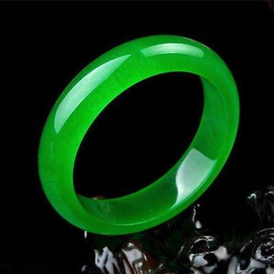 Beautiful Chinese Natural Green Jade Chinese Bangle
