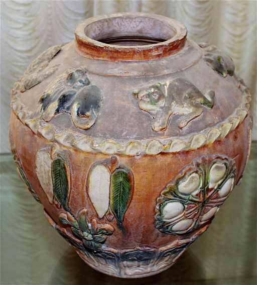Tricolor Tang Dynasty Jar