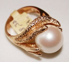 Large Nathurl White Pearl In 14k Solid Gold