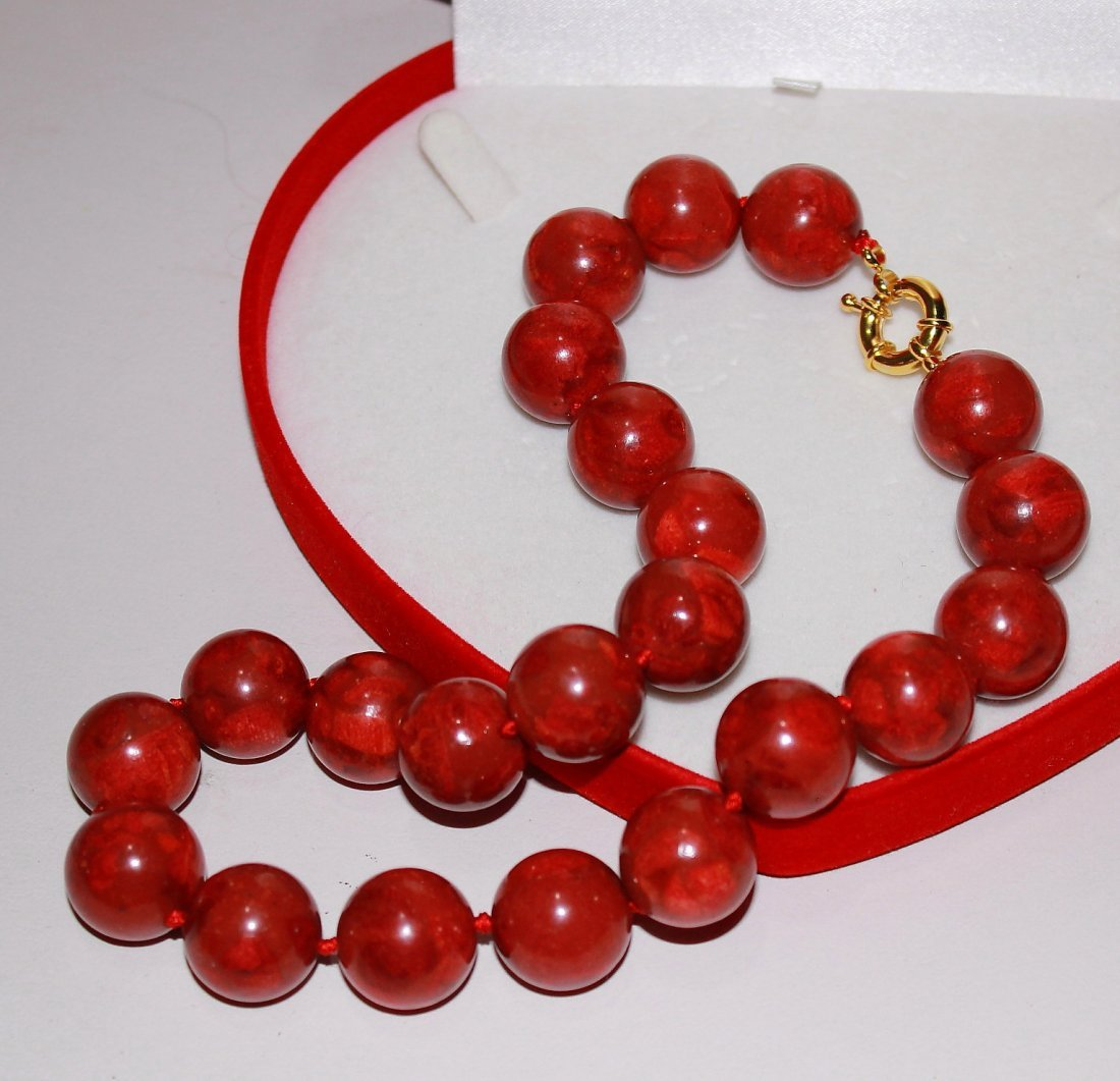 Natural 18mm Red Grass Coral Round Beads Necklace