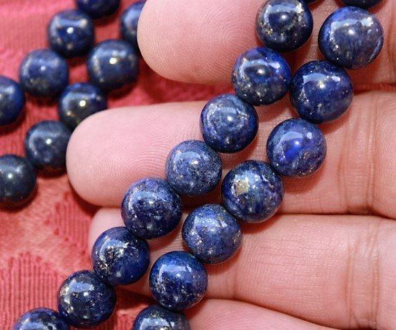 Natural Gold Flakes Blue Lapis Lazuli Beads Necklace
