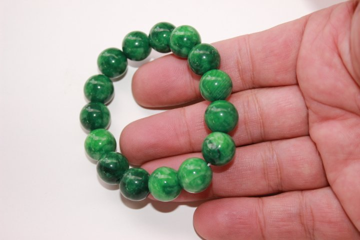 Chinese 100% jade hand-carved bracelet