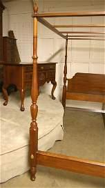 39: Henkel Harris King Size Canopy Bed