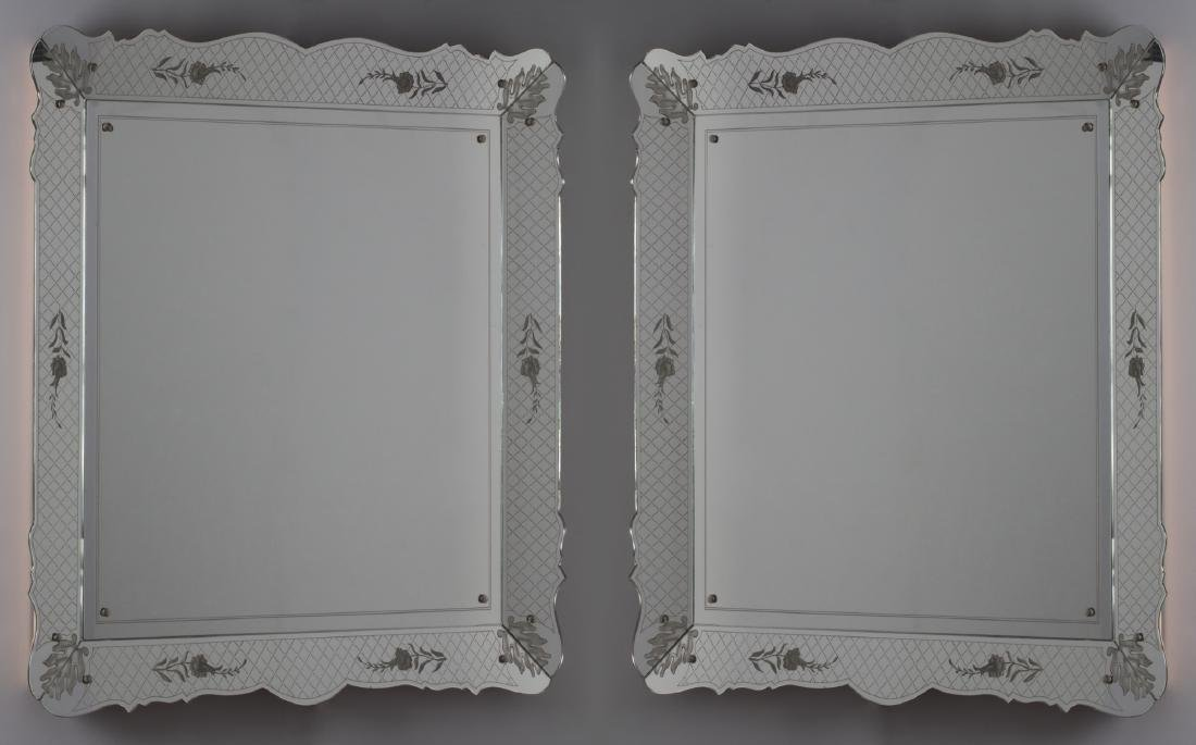 Fontana Arte (Attributed to) - Lot of two mirrors
