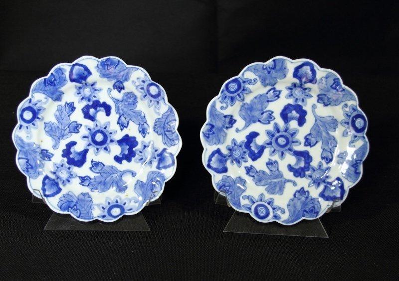 Pair charcoal resist blue and white ko-Imai plates 18th