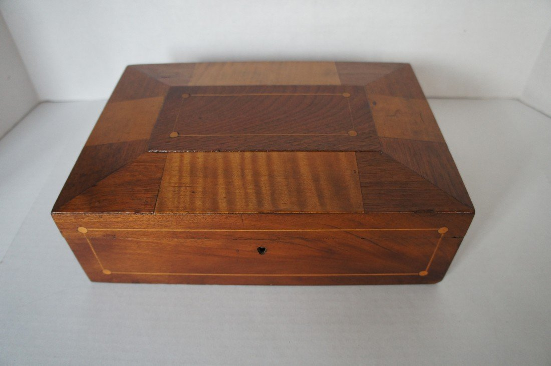 Antique sewing box or jewelry box Shaker SDL