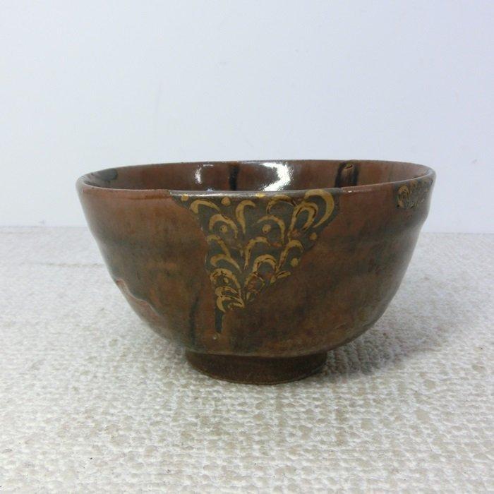 Seto Ware Tea Bowl with Lacquer Repair