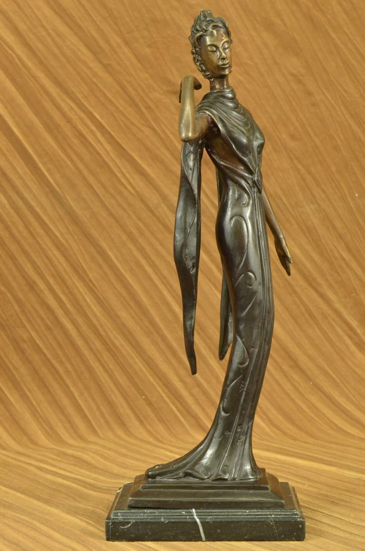 bronze on marble, Young Lady