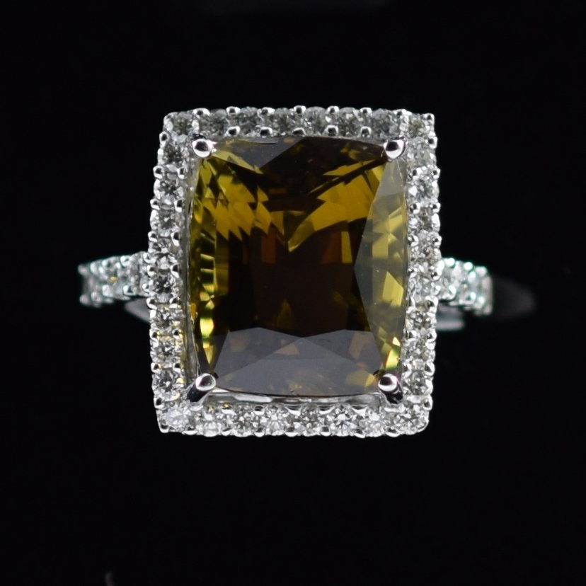 GIA Alexandrite and Diamond Ring