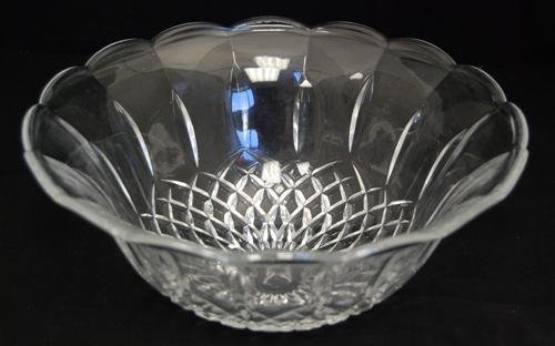 BEAUTIFUL FINE CUT 10 INCH ROUND LILY CRYSTAL BOWL