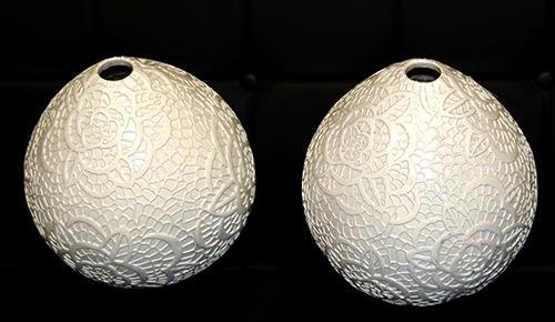 PAIR OF PORCELAIN VASE WITH EMBOSSED FLORAL PATERN