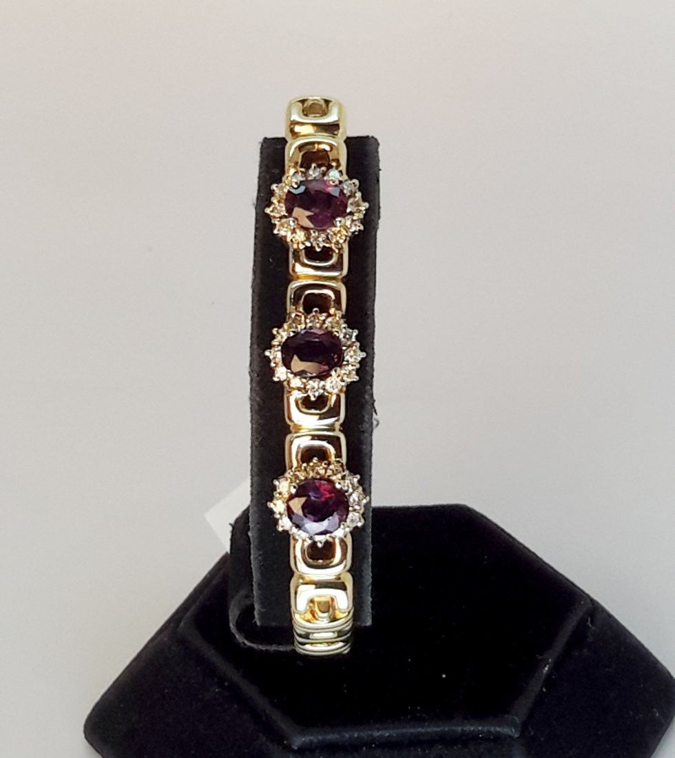 14k y/g Diamond and natural ruby 3.40ct with 16.50