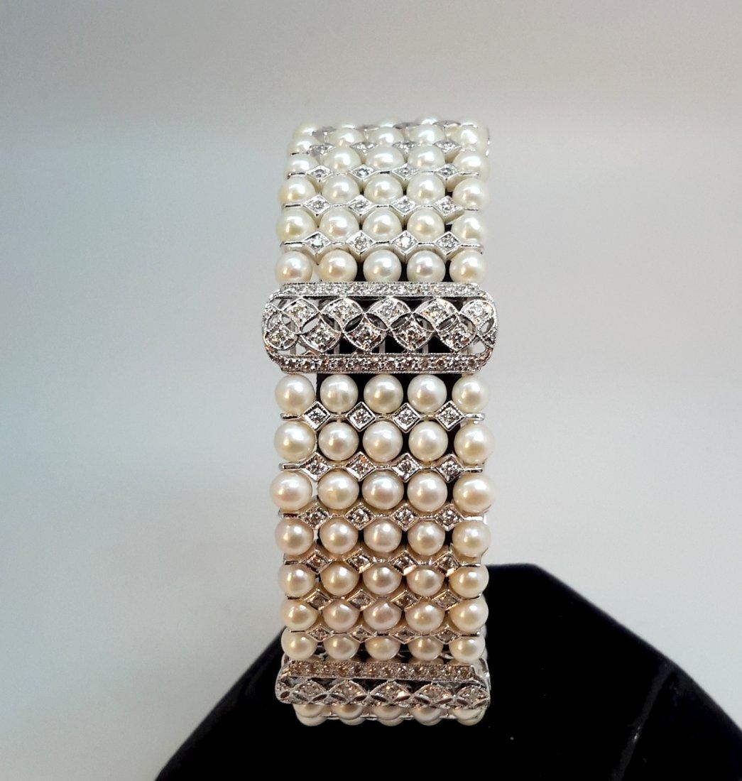 18k w/g Diamond/5Row Pearl Bracelet Add glamour to your