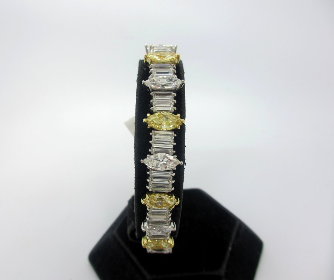 Magnificent Platinum Bracelet with over 18ct of natural