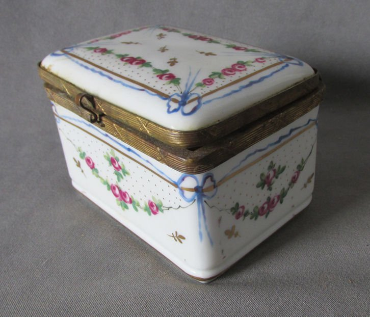 Vintage Country French Faience Jewelry Box w/Ribbon,