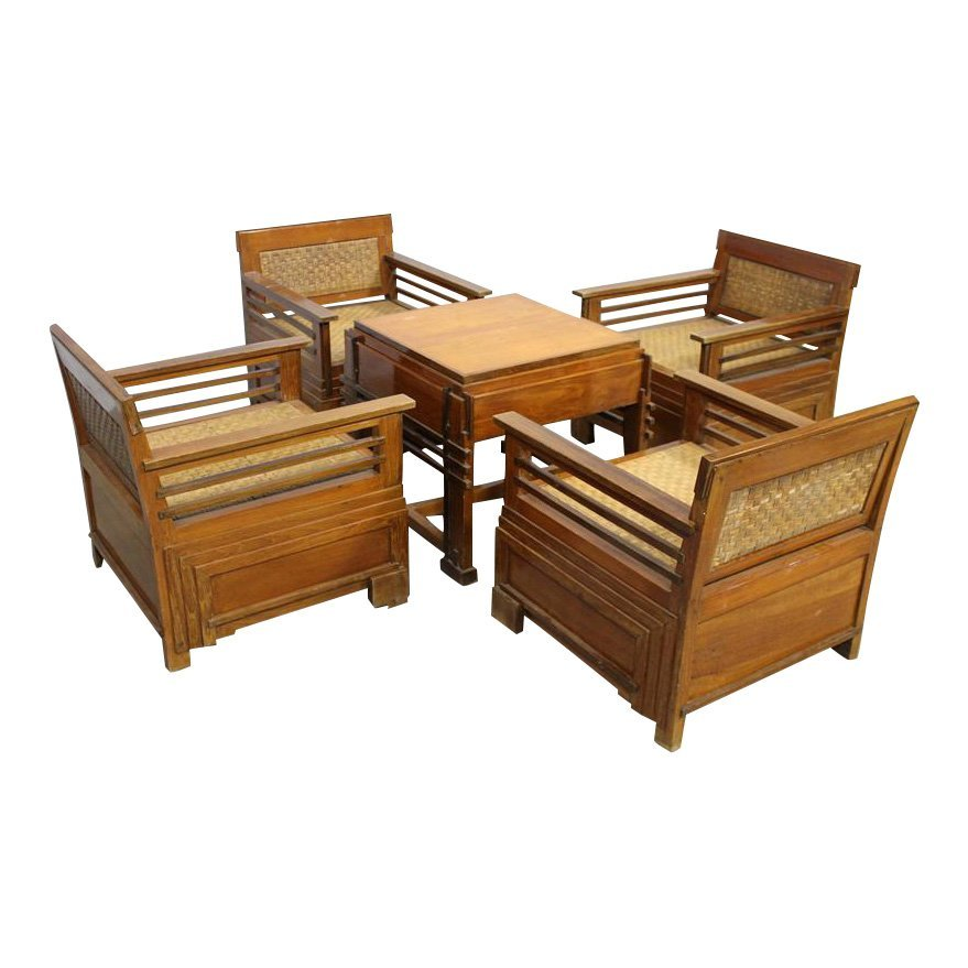 Set of Table and 4 chairs for a lounge lobby area