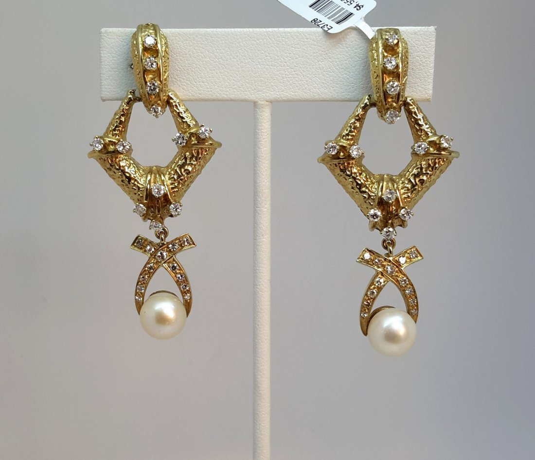 14K YELLOW GOLD NATURAL DIAMOND/PEARL EARRING,Add some