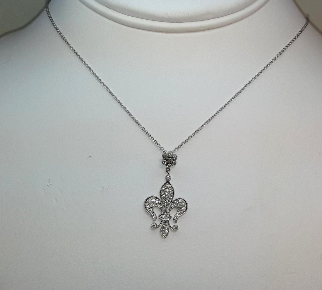 18k w/g Dia Fleur DeLis diamond Pendent necklace , Fit