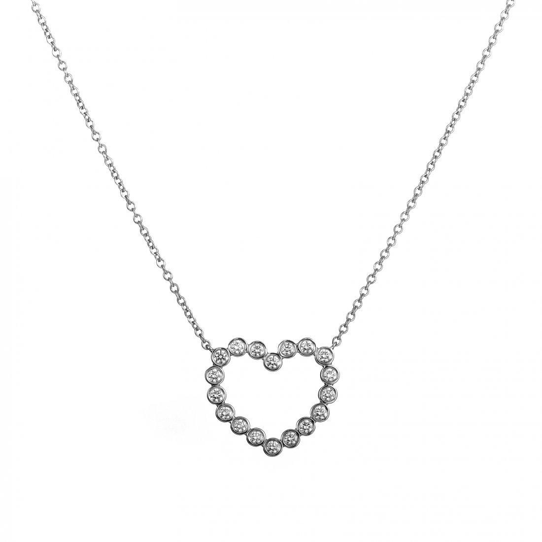 Platinum Diamond Heart Pendant Necklace 3113NNA