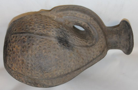 Antique Pottery : Pre-Columbian Chimu Pottery Gourd