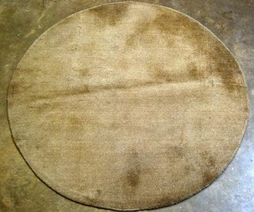 FINE QUALITY ROUND HAND TUFTED RUG