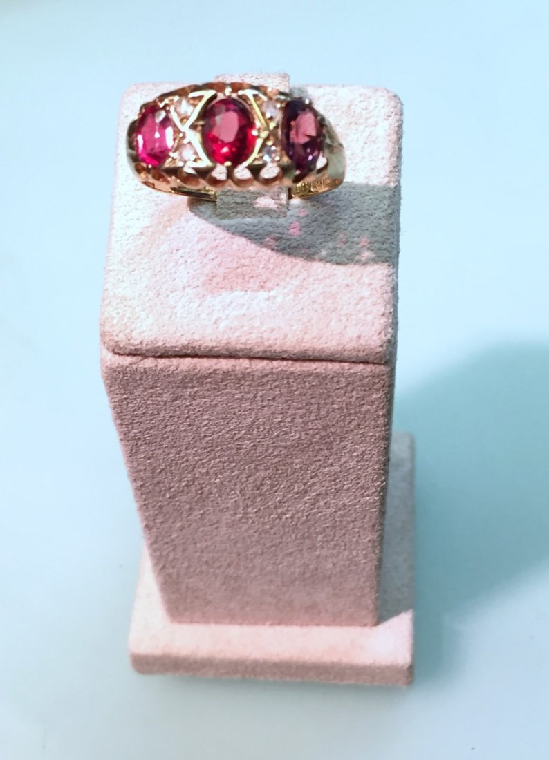 3 oval antique ring