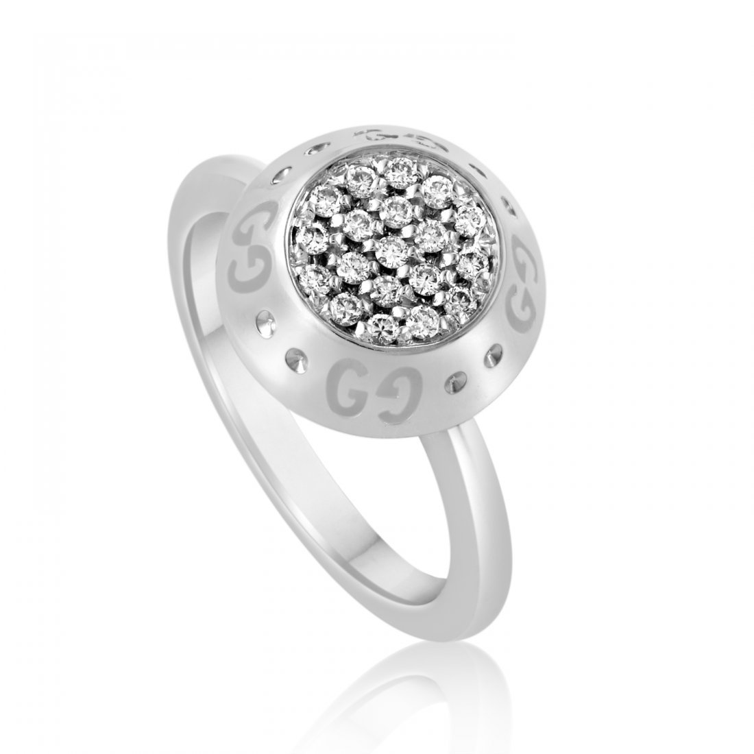 Gucci 18K White Gold Diamond Pave Ring  Exceptionally
