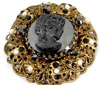 Victorian Mourning Cameo Brooch Pretty cameo face.