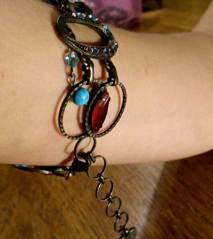 Monteri Bracelet Israel  Pretty double strand with