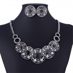Coin Style Black Bead Necklace Set