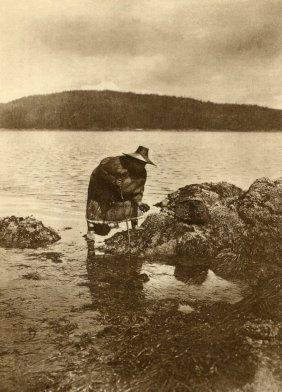 Curtis,edward S - Gathering Abalones Nakoaktok
