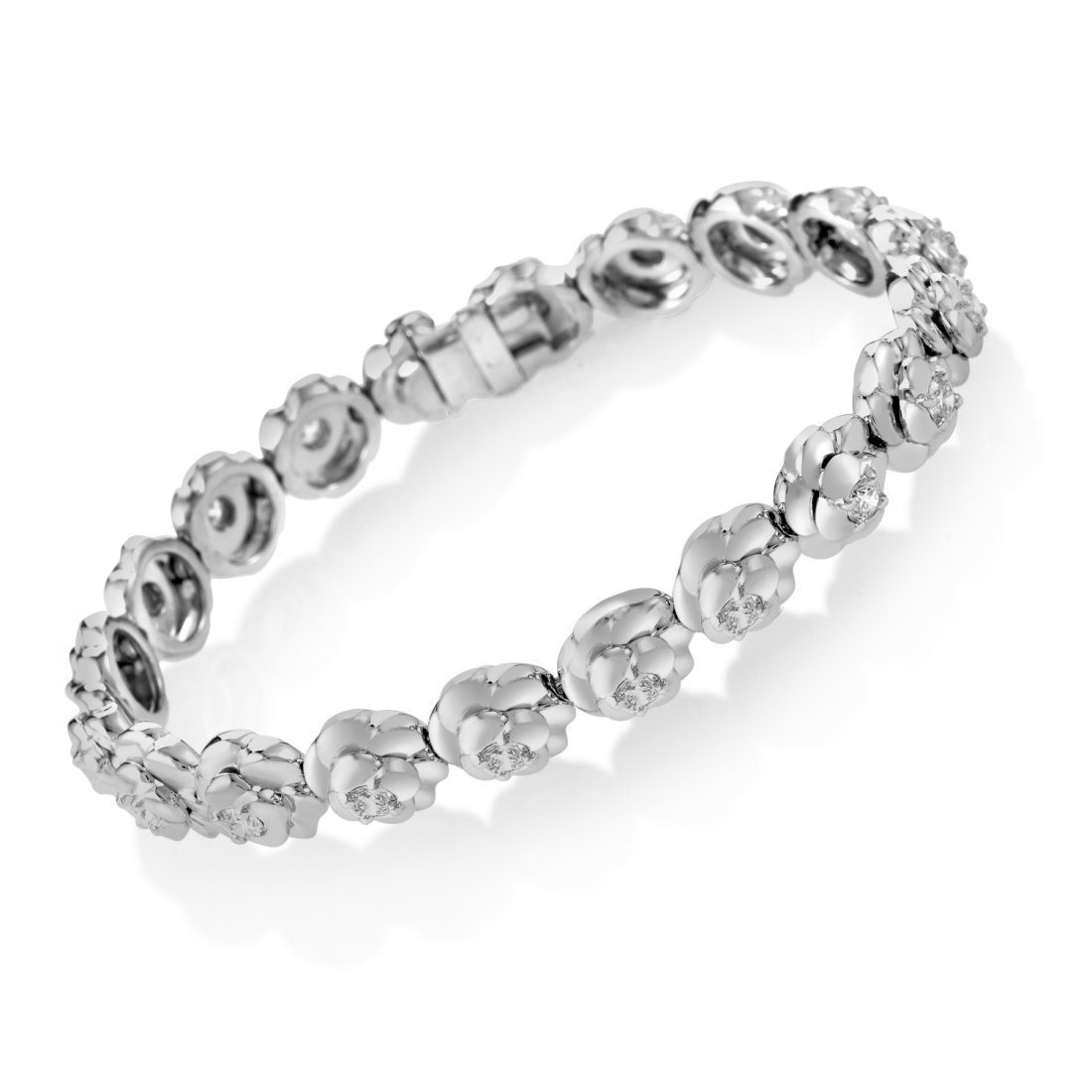 Chanel Camélia 18K White Gold Diamond Bracelet AK1B764