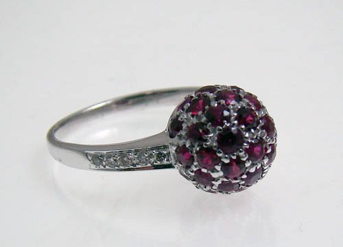 18KWG RUBY AND DIAMOND RING