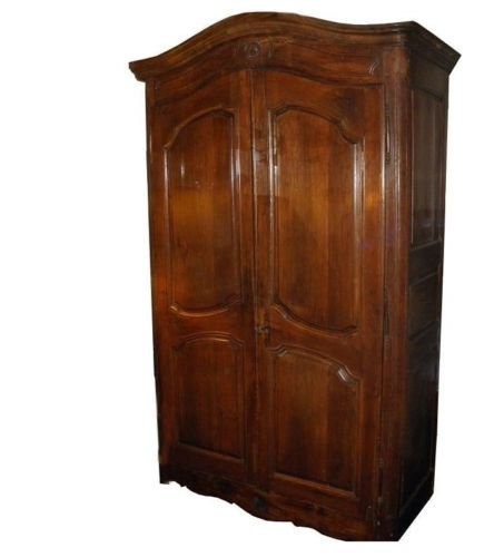 Superb Antique 18C French Country Armoire or Linen