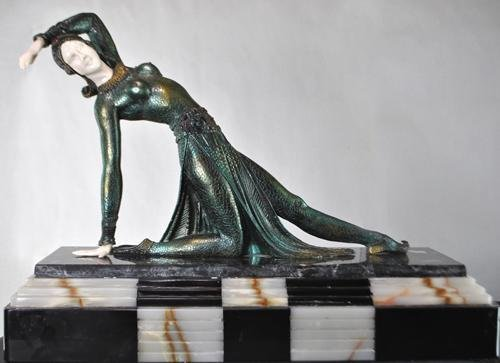 MAJESTIC CHIPARUS BRONZE RECAST ON TRIPLE MARBLE BASE