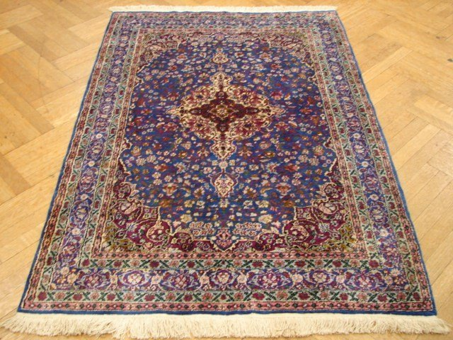 Quality high knotted 6'x4' Sino rug
