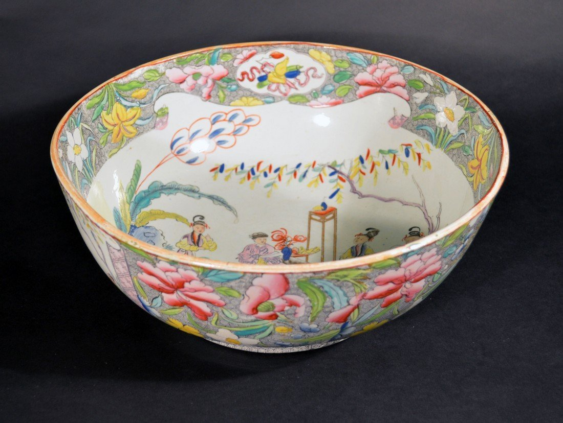 A Large Mason's Ironstone Chinoiserie Punch Bowl, Circa