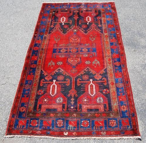 FINELY CONTRASTED AUTHENTIC PERSIAN HAMEDAN